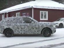 Новые шпионские фото Rolls-Royce Cullinan