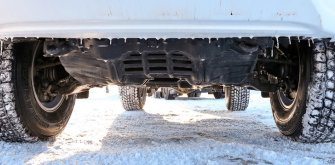Пикапы Toyota Hilux Arctic Trucks: 4х4 или 6х6?